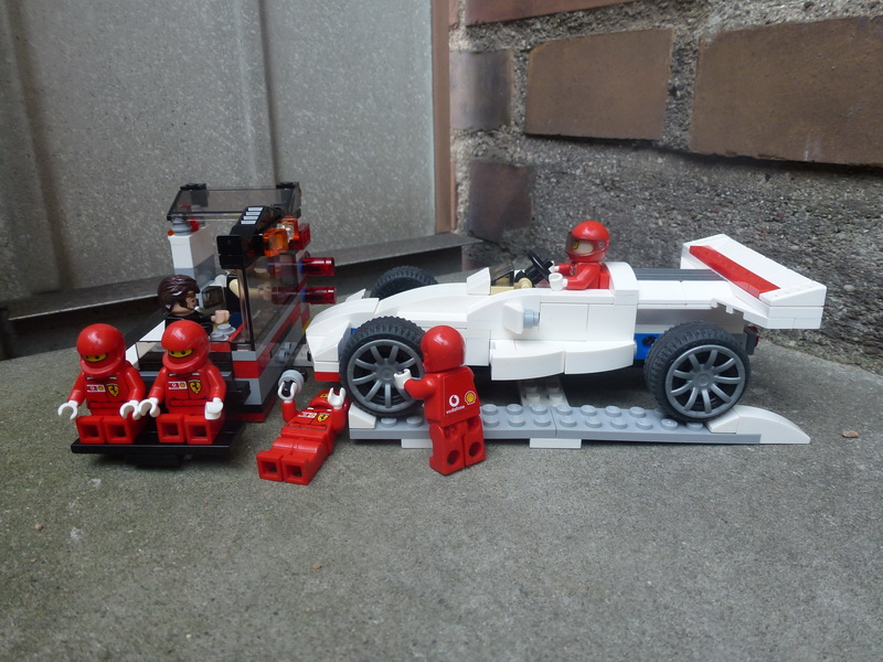 F1 car with a service center