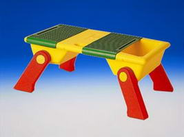 Набор LEGO 637 Plastic Playtable