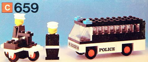 Набор LEGO 659 Police Patrol with Policemen