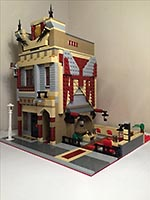 Набор LEGO MOC-7611 Chinese Takeaway with outdoor seating area