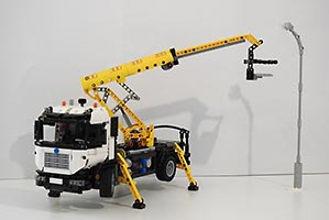 Набор LEGO MOC-7783 Motorized Cherry Picker