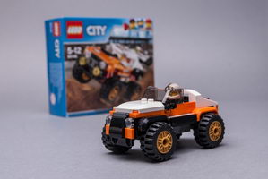 Набор LEGO MOC-9316 60146 custom race car